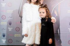 Дочь Анны Букевич и дочь Юрия Ткача