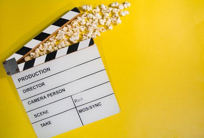 10 легких летних фильмов