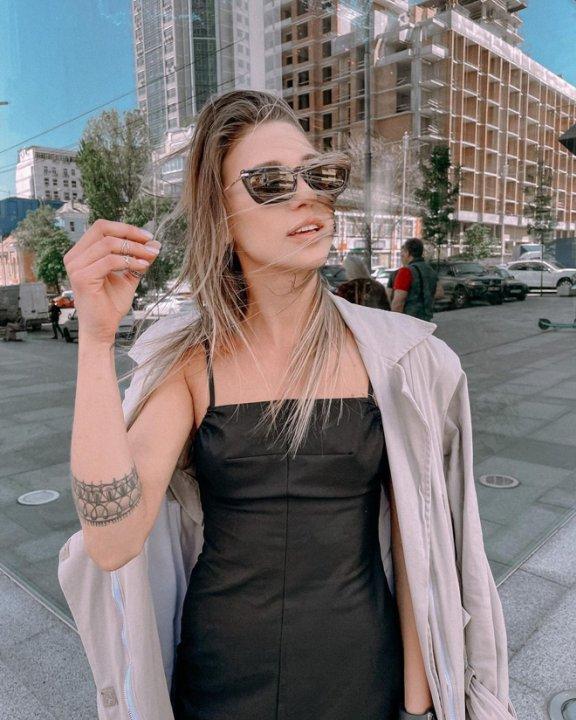 Лиза Крутикова