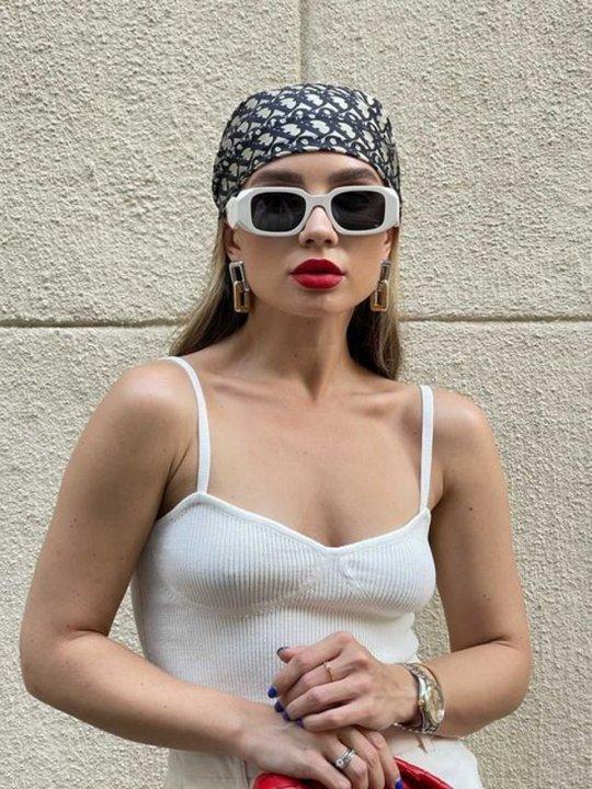 Лиза Белая